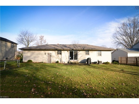 1273 Valley View Dr, Youngstown, OH - USA (photo 5)