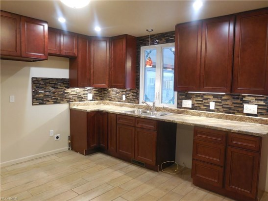 4226 Selkirk Ave, Austintown, OH - USA (photo 5)