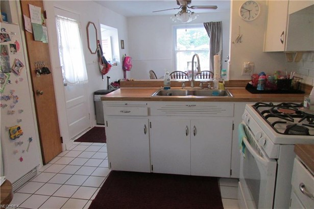 102 Grimm Heights Ave, Struthers, OH - USA (photo 4)