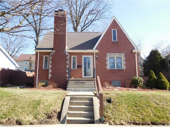 327 Orchard Ave, Niles, OH - USA (photo 1)