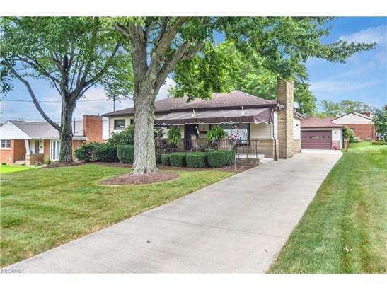 47 Viola Ave, Hubbard, OH - USA (photo 2)
