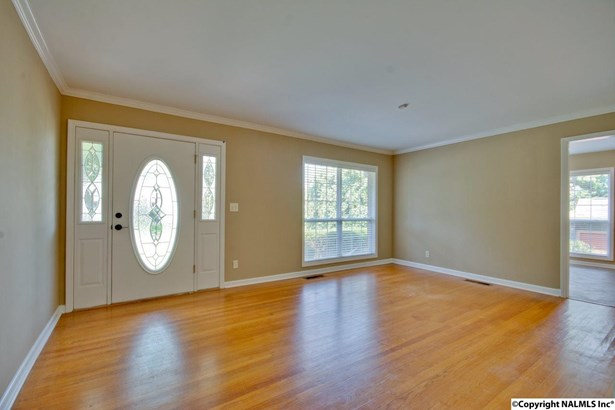 1406 Hermitage Avenue, HUNTSVILLE, AL - Photo 5 (photo 5)