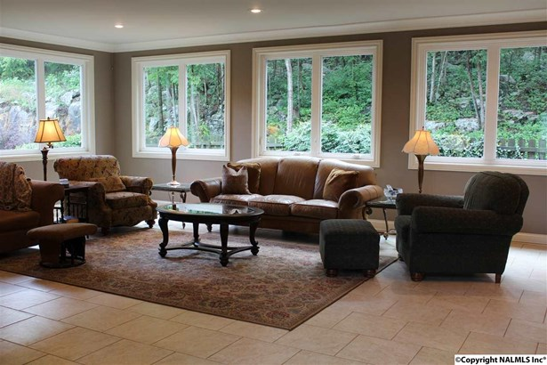 OPEN GREAT ROOM WITH LOT OF NATURAL LIGHT (photo 2)