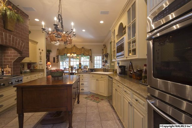 2882 Hampton Cove Way, HAMPTON COVE, AL - Photo 4 (photo 4)