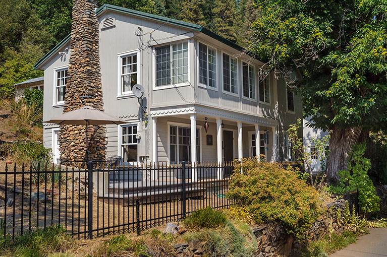 Old Tahoe, Single Family - Downieville, CA