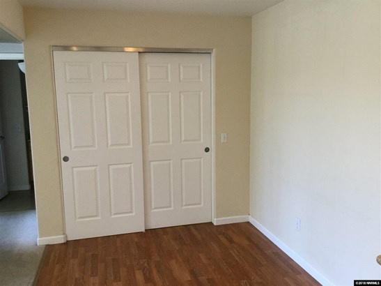 Condo/Townhouse - Reno, NV (photo 3)