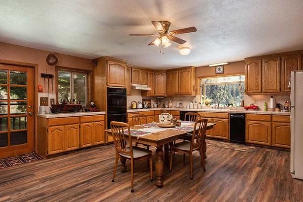 Ranch, Single Family - Portola, CA (photo 2)