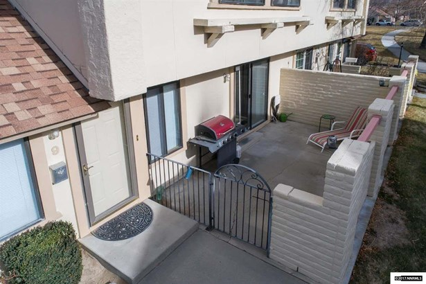 Condo/Townhouse - Carson City, NV (photo 2)