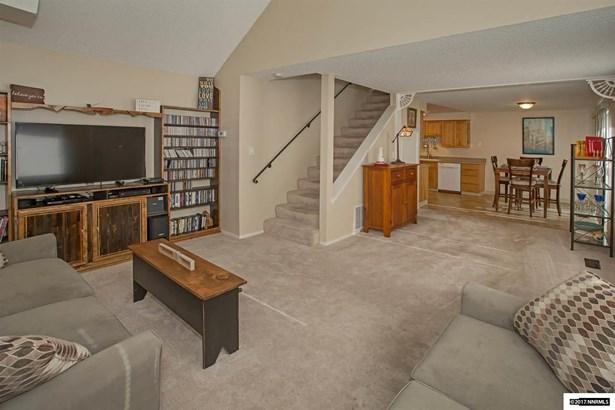 Condo/Townhouse - Carson City, NV (photo 3)