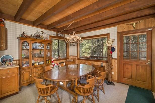 Mountain, Single Family - Soda Springs, CA (photo 4)