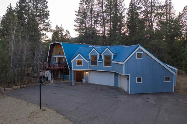 Gambrel, Single Family - Truckee, CA