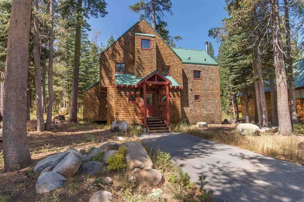 Mountain, Single Family - Soda Springs, CA
