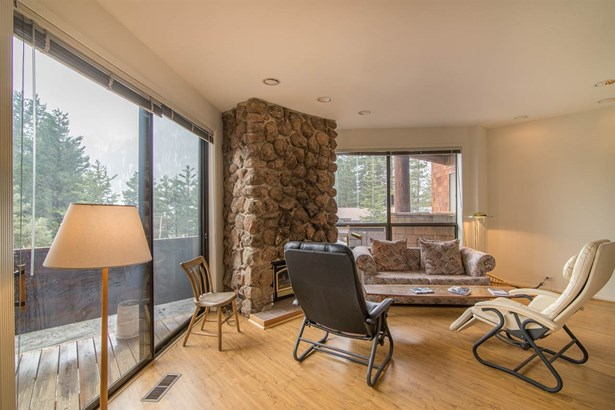 Mountain, Condominium/Townhouse - Olympic Valley, CA (photo 4)