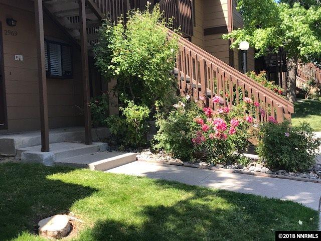 Condo/Townhouse - Reno, NV (photo 2)