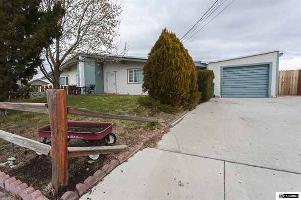 Condo/Townhouse - Reno, NV (photo 4)