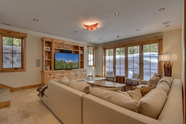 Mountain, Single Family - Truckee, CA (photo 5)