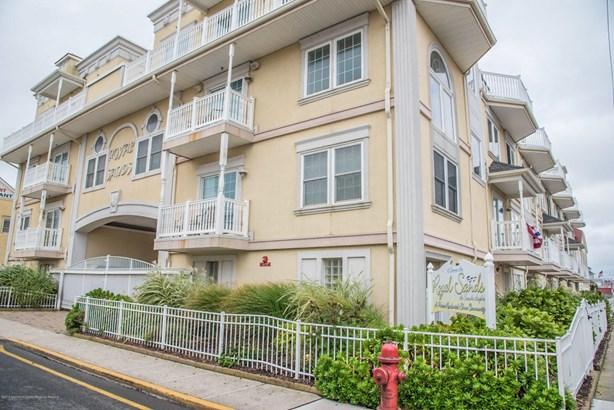 15 Sumner Avenue # 4, Seaside Heights, NJ - USA (photo 1)