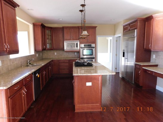 8 Ethan Drive , Farmingdale, NJ - USA (photo 3)