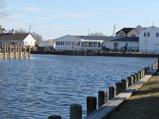 1004 Painter Point, Lanoka Harbor, NJ - USA (photo 5)