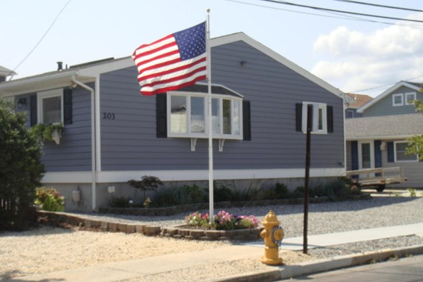 203 Ocean Bay Boulevard, Lavallette, NJ - USA (photo 1)