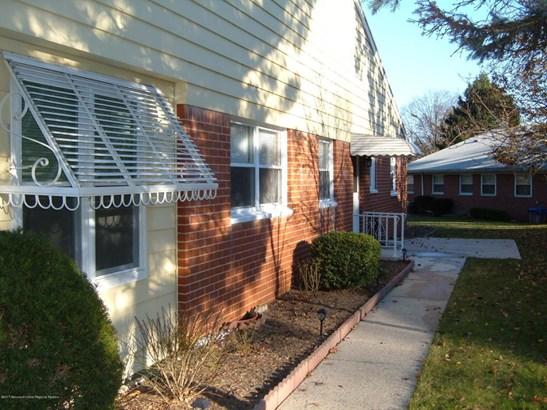 6b Carteret Lane , Whiting, NJ - USA (photo 2)