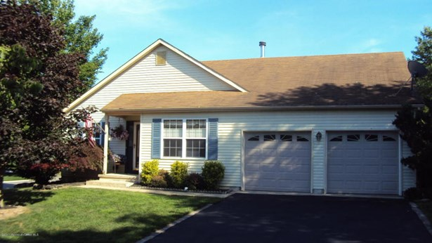 404 Lily Court , Whiting, NJ - USA (photo 2)
