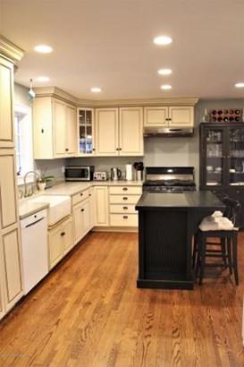 141 W West End Avenue , Island Heights, NJ - USA (photo 4)