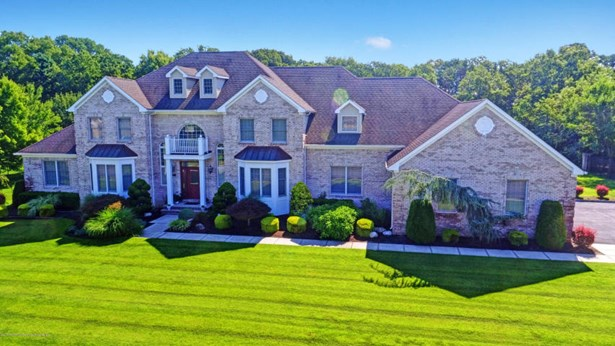 2291 Maple Manor Court , Toms River, NJ - USA (photo 1)