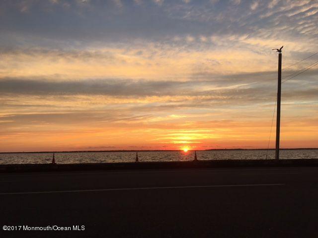 514 N Bayview Avenue , Seaside Park, NJ - USA (photo 1)