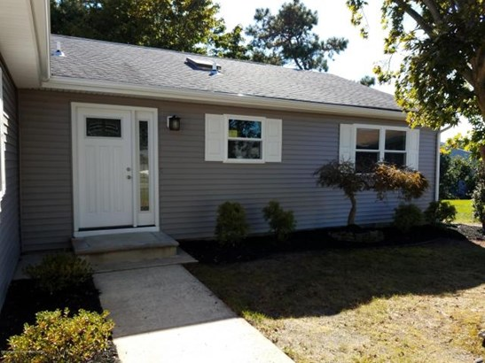 18 Jobson Court , Toms River, NJ - USA (photo 2)