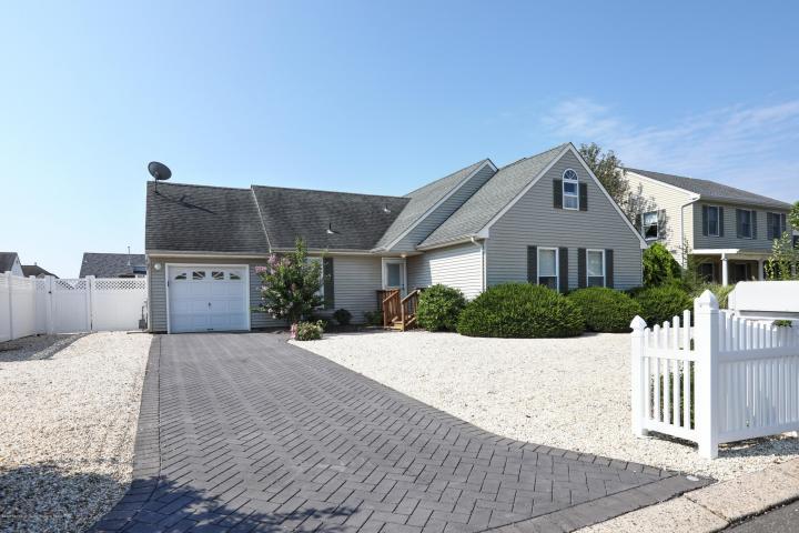 162 Eileen Lane , Beach Haven West, NJ - USA (photo 2)