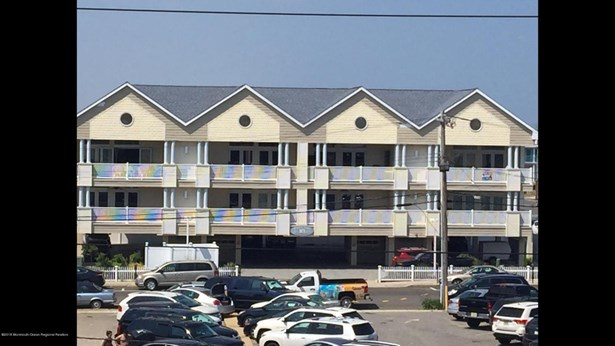 18 Sheridan Avenue 6, Seaside Heights, NJ - USA (photo 1)
