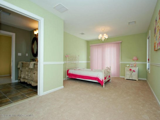 13 Halsey Drive , Brick, NJ - USA (photo 5)