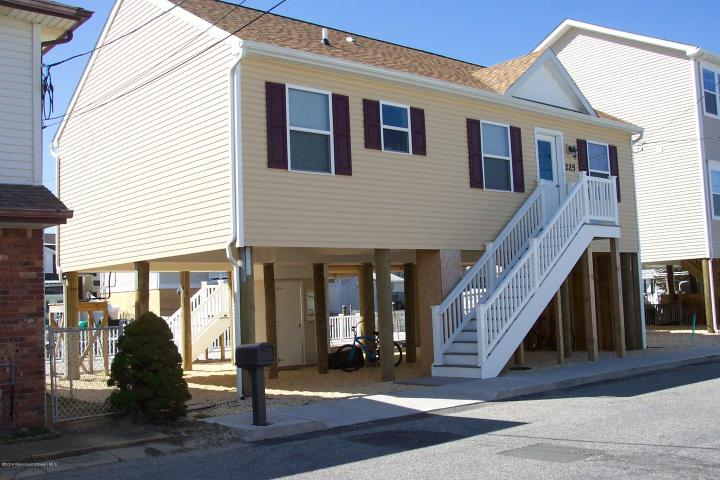 225 Kathryn Street , Lavallette, NJ - USA (photo 3)