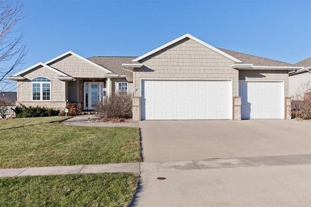 8415 Westfield Drive, Cedar Rapids, IA - USA (photo 4)