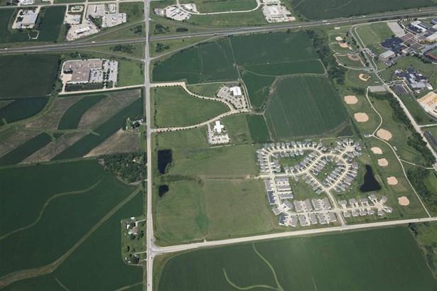 Wright Bros Blvd Sw, Cedar Rapids, IA - USA (photo 5)