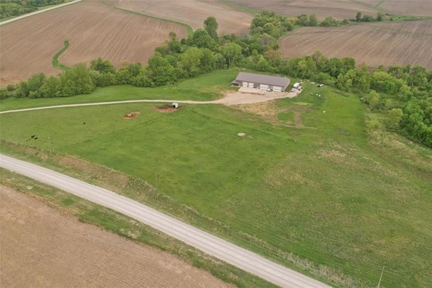 2393 Mabie Road, Ely, IA - USA (photo 5)