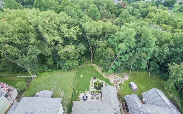 2909 Broken Woods Drive, Coralville, IA - USA (photo 4)