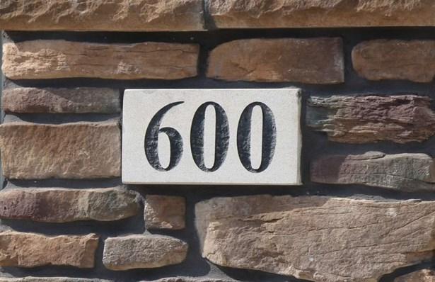 600 Cedar Bend Dr, Solon, IA - USA (photo 2)