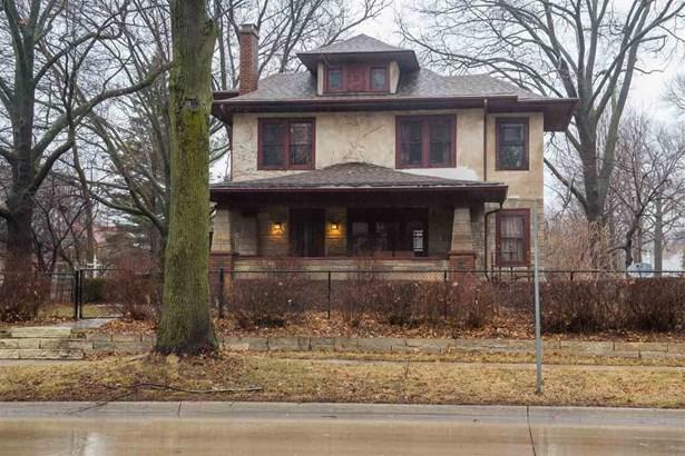 740 Kirkwood Ave, Iowa City, IA - USA (photo 2)