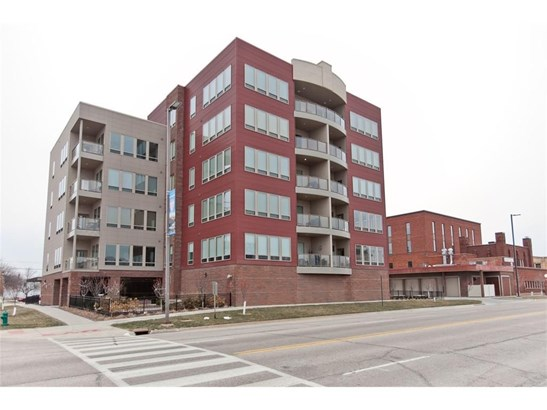 100 4th Avenue, Cedar Rapids, IA - USA (photo 1)