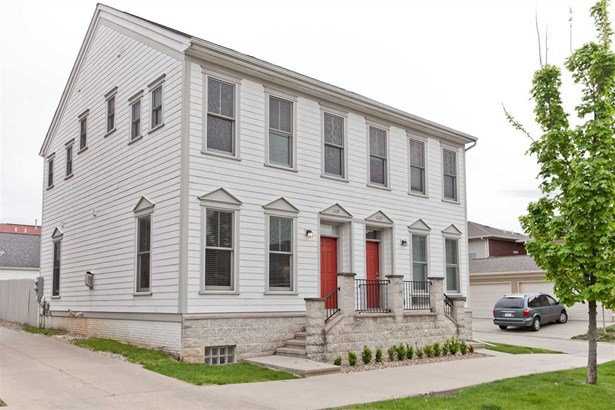 1319 Foster Road, Iowa City, IA - USA (photo 1)