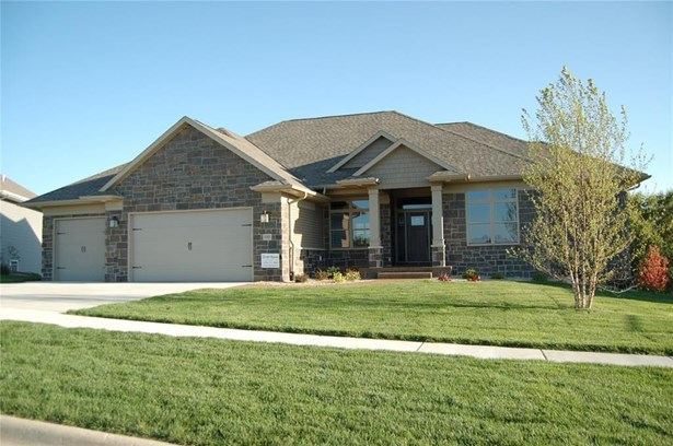 1081 Portsmith Circle, Marion, IA - USA (photo 1)