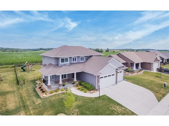 720 Penn Ridge Drive, North Liberty, IA - USA (photo 1)