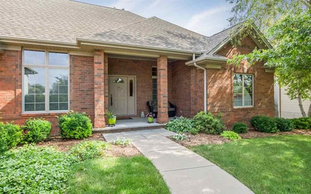 650 Huntington Dr, Iowa City, IA - USA (photo 1)