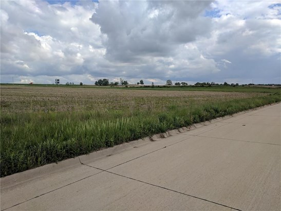 Lot 9 Commercial Park, Anamosa, IA - USA (photo 3)