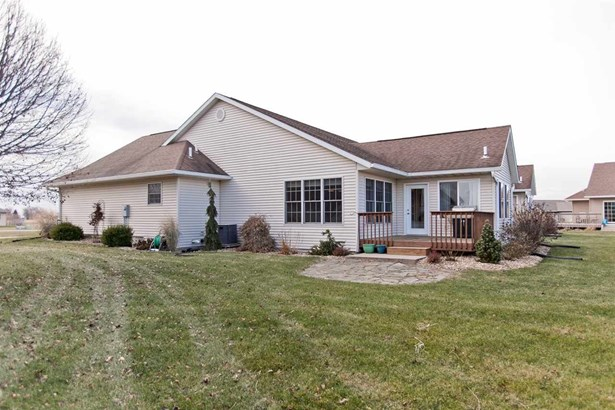 1479 Ridgeview Ave, West Liberty, IA - USA (photo 4)