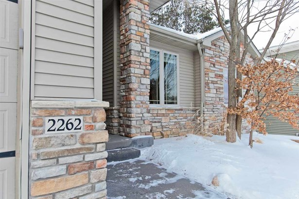 2262 Dempster Dr, Coralville, IA - USA (photo 2)