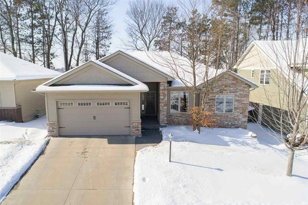 2262 Dempster Dr, Coralville, IA - USA (photo 3)