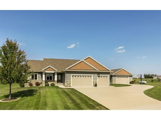 3360 Southridge Drive, Amana, IA - USA (photo 1)